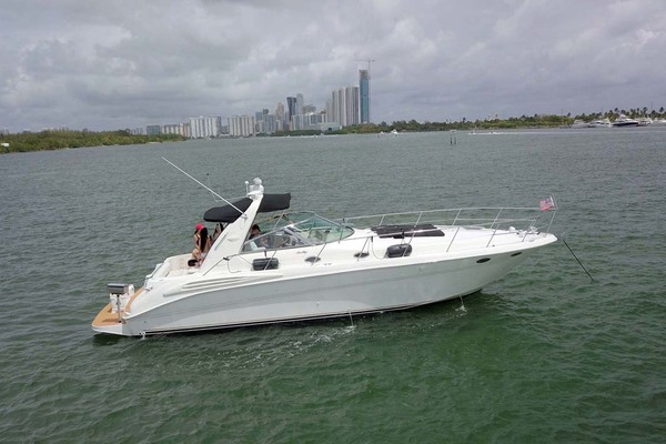 44' Sea Ray 400 Sundancer 1998 | Levels