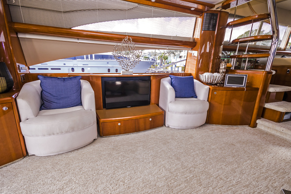 2007 Viking Princess 70' Viking Sport Cruiser Palarran | Picture 7 of 65