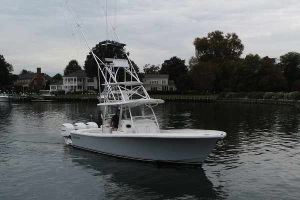 Picture Of: 33' Regulator 34SS 2018 Yacht For Sale | 1 of 24