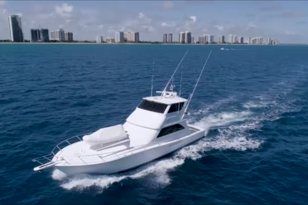 Picture Of: 65' Viking 61 Enclosed Bridge Convertible 2005 Yacht For Sale | 3 of 63