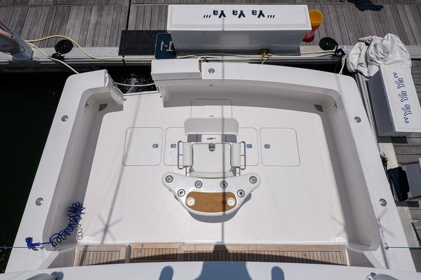 Picture Of: 65' Viking 61 Enclosed Bridge Convertible 2005 Yacht For Sale | 4 of 63