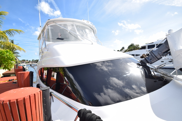 2016 Hatteras 63' 63GT  | Picture 2 of 84