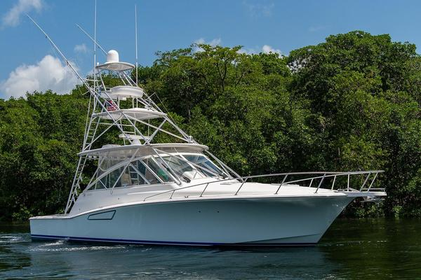 Picture Of: 47' Cabo 44 Hardtop Express 2014 Yacht For Sale | 3 of 44