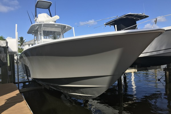 Picture Of: 39' Contender 39 ST 2014 Yacht For Sale | 3 of 21