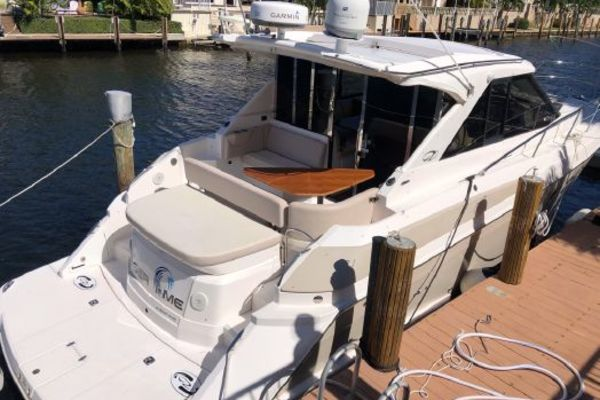 Picture Of: 42' Regal 2011 Yacht For Sale | 4 of 25
