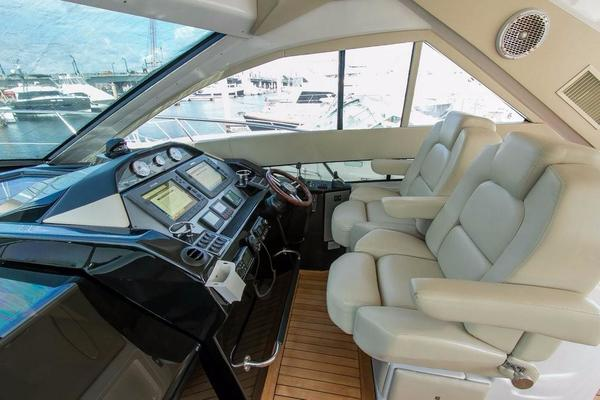 2010 Regal 52' 5260 Sport Coupe Liza Jane | Picture 4 of 47