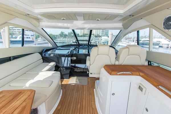 2010 Regal 52' 5260 Sport Coupe Liza Jane | Picture 7 of 47