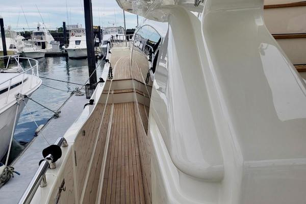2015 Ferretti Yachts 84' 84 Altura All Rumors | Picture 5 of 43
