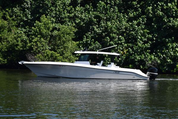 Picture Of: 41' Hydra-Sports HCB 42 Siesta 2019 Yacht For Sale | 2 of 57