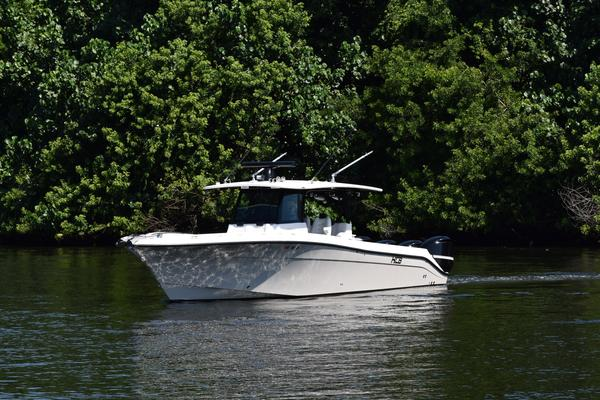Picture Of: 41' Hydra-Sports HCB 42 Siesta 2019 Yacht For Sale | 3 of 57