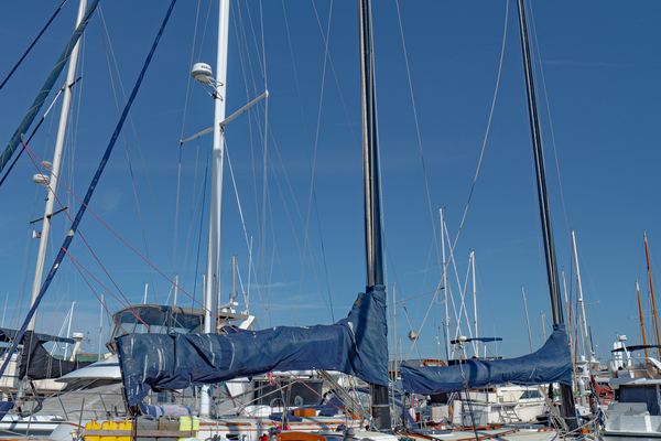 Picture Of: 33' Freedom 33 Cat Ketch 1982 Yacht For Sale | 2 of 50