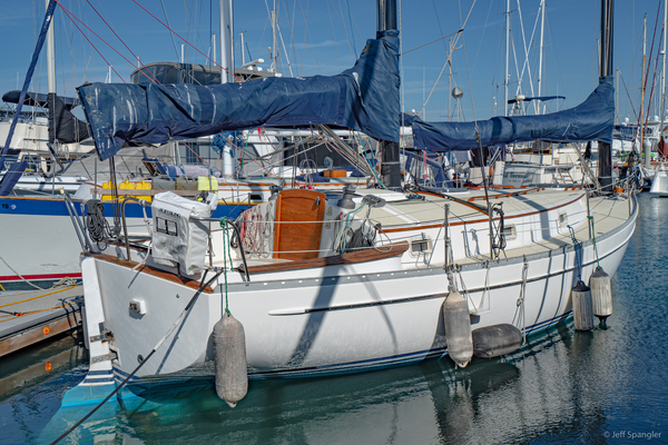 Picture Of: 33' Freedom 33 Cat Ketch 1982 Yacht For Sale | 1 of 50