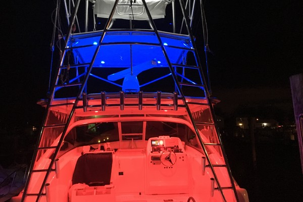Picture Of: 36' Bertram Sport Fisherman 2006 Yacht For Sale | 3 of 33