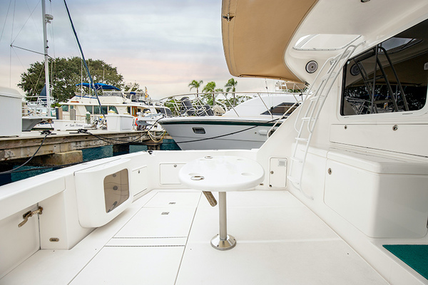 Picture Of: 47' Riviera 2006 Yacht For Sale | 3 of 30