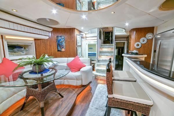 2001Millennium Super Yachts 75 ft    Millennium Super Yacht