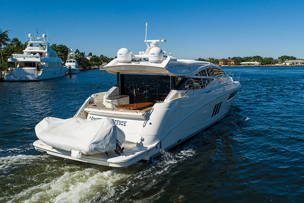 2016 Sea Ray 58' L-590 SOUTHERN OFFICE | Picture 8 of 35