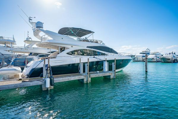 Picture Of: 73' Sunseeker Manhattan 2009 Yacht For Sale | 4 of 50