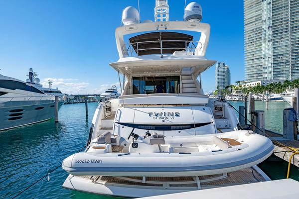 Picture Of: 73' Sunseeker Manhattan 2009 Yacht For Sale | 3 of 50