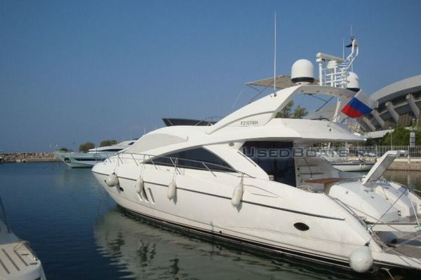 Picture Of: 72' Sunseeker Manhattan 2006 Yacht For Sale | 2 of 16