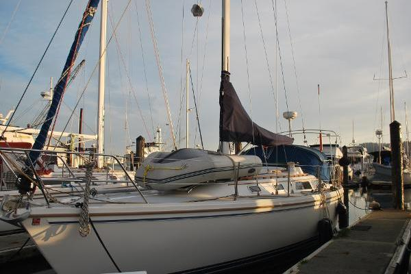 Picture Of: 36' Catalina 36 MK I 1989 Yacht For Sale | 3 of 22