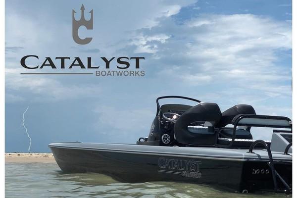 2019 Catalyst 260 Catamaran
