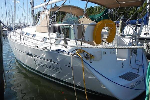 37' Beneteau  2006 | Boundless