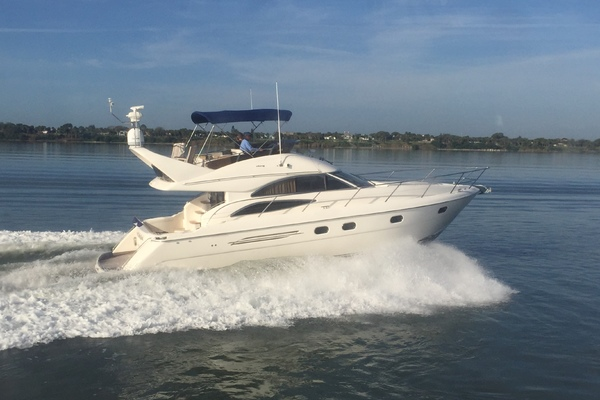 45' Viking Sport Cruisers 45 Flybridge 2001 | Kolekim