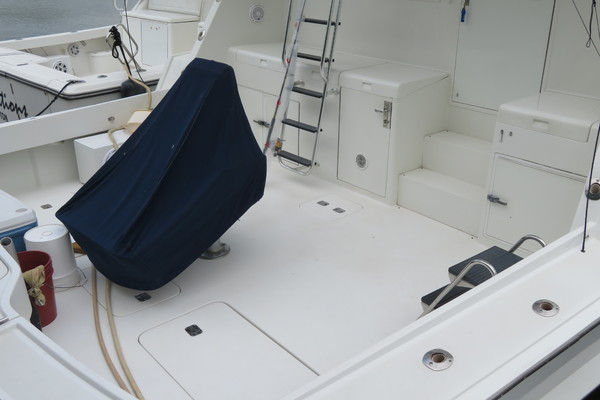 Picture Of: 65' Hatteras 1996 Yacht For Sale | 4 of 38
