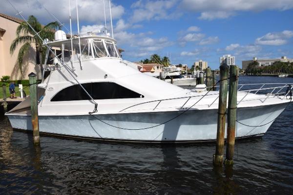 2003 Ocean Yachts 48'  OCEAN GAMBLER II | Picture 6 of 35