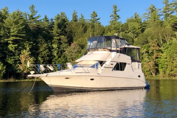 41' Silverton 352 Motor Yacht 2000 | The Blessing