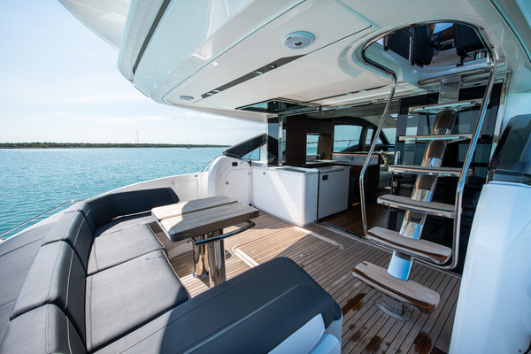2017 Princess 65' S65 KEEPIN' IT LIGHT  | Picture 3 of 28