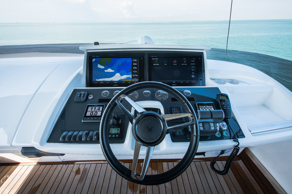 2017 Princess 65' S65 KEEPIN' IT LIGHT  | Picture 6 of 28