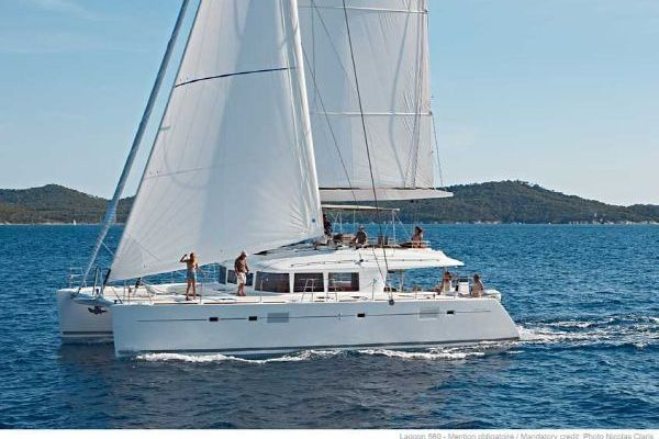 Picture Of: 56' Lagoon 560 2011 Yacht For Sale | 2 of 22