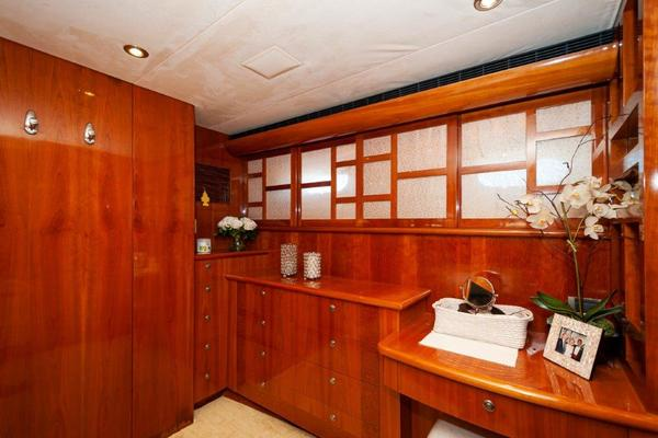 2002 Cheoy Lee 72 Pilothouse   Galley