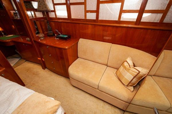 2002 Cheoy Lee 72 Pilothouse   Salon 1