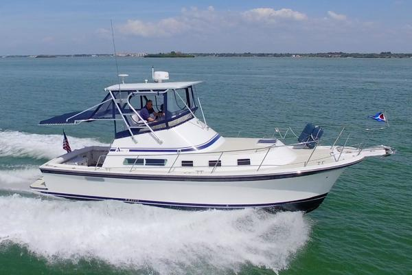 32-ft-Albin-2004-32 plus 2 Command Bridge-Frank's Dame Clearwater Florida United States  yacht for sale