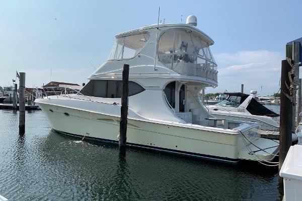 Picture Of: 50' Silverton 2007 Yacht For Sale | 2 of 38