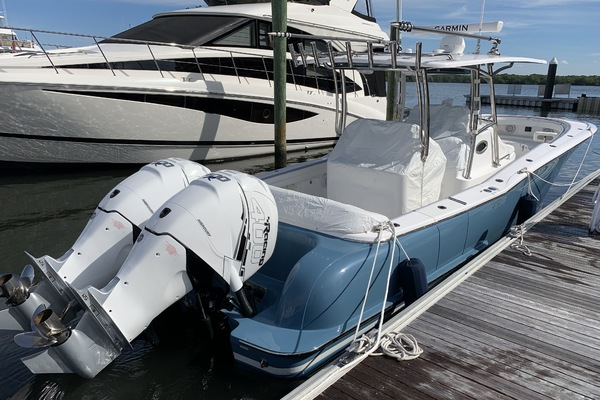 Picture Of: 33' Mag Bay 33 Center Console 2019 Yacht For Sale | 1 of 12