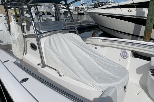 Picture Of: 33' Mag Bay 33 Center Console 2019 Yacht For Sale | 2 of 12