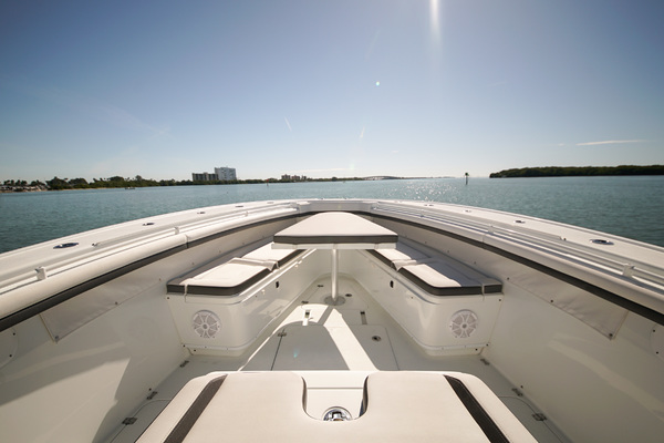 Picture Of: 42' Yellowfin 42 Center Console 2016 Yacht For Sale | 4 of 41