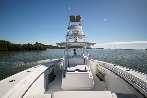 Picture Of: 42' Yellowfin 42 Center Console 2016 Yacht For Sale | 3 of 41