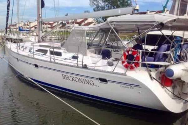 46' Catalina 470 2001 | Beckoning