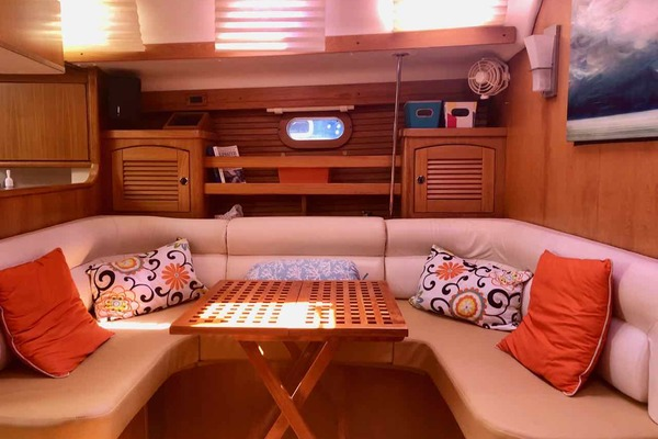 2001 Catalina 47' 470 Beckoning | Picture 8 of 132