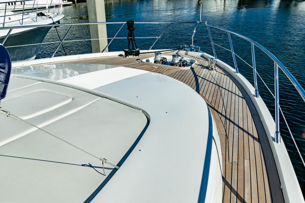 2005 Mangusta 92'  KAMPAI | Picture 8 of 62