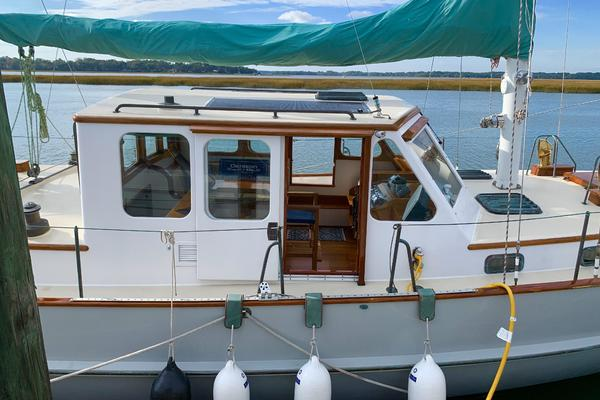 Picture Of: 48' Covey Island Boat Works 1997 Yacht For Sale | 2 of 18