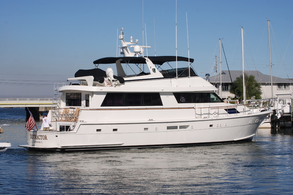 Picture Of: 70' Hatteras 70' Cockpit Motoryacht 1992 Yacht For Sale | 4 of 85