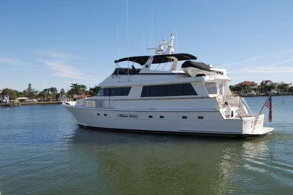 Picture Of: 70' Hatteras 70' Cockpit Motoryacht 1992 Yacht For Sale | 3 of 85