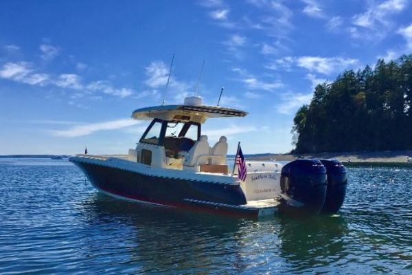 Picture Of: 30' Chris-Craft 30 Catalina 2018 Yacht For Sale | 3 of 22