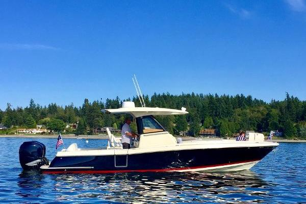 Picture Of: 30' Chris-Craft 30 Catalina 2018 Yacht For Sale | 1 of 22