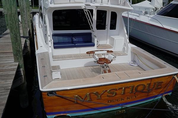2004 Viking 61' Enclosed Bridge MYSTIQUE | Picture 6 of 42